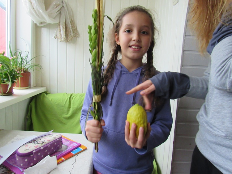 Shake a Lulav – Kishinev Bendery and Tiraspol Sukkot 5777