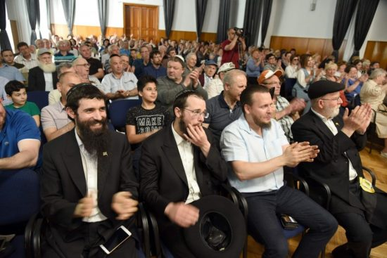 Hundreds of Moldovan Jews gathered for a Lag B'Omer concert